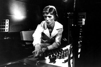 David Bowie in the studio during the recording of Diamond Dogs.