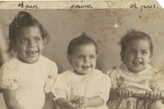 Reginald Saunders' daughters (left to right): Barbara, 3, Dorothy, 11 months, and Glenda, 2.