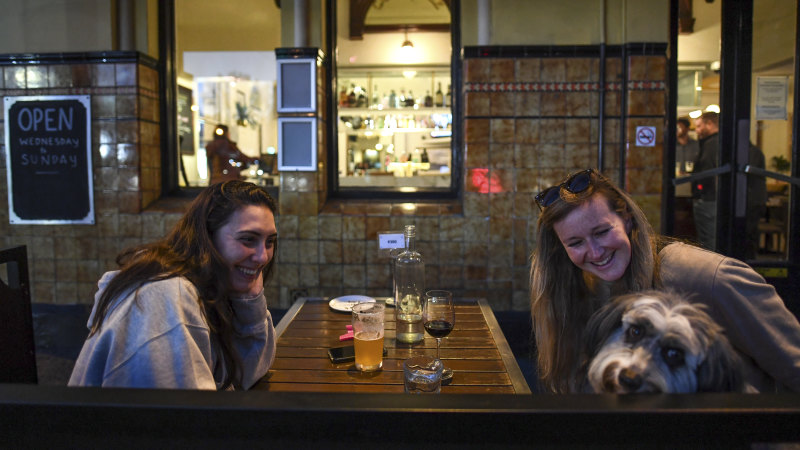 Last suppers: As lockdown looms Melburnians sneak in one last outing – The Age
