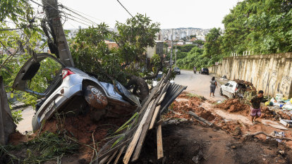 Brazil downpours displace tens of thousands