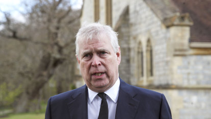 Prince Andrew's fight or flight moment: 21 days to decide his defence