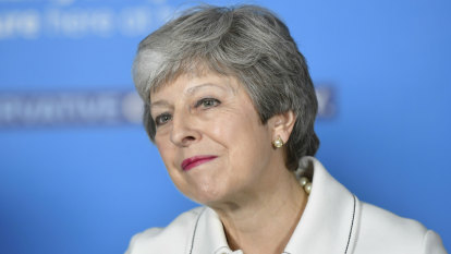 Theresa May promises 'new, bold' Brexit deal