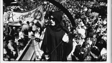 Crowds at the rally, September 17, 1991