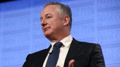 Newspaper owner Nine criticised for hosting Liberal fundraiser
