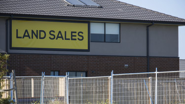 Land sales in outer Melbourne and Geelong surged towards the end of lockdown, driven by the HomeBuilder grant and record low interest rates.
