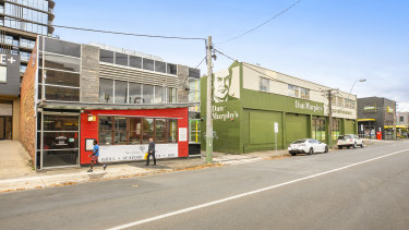 169 Camberwell Road has potential to be subdivided into two tenancies.
