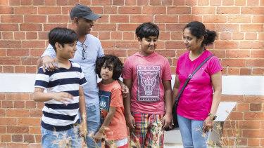 Bashi Samarasinghe, his wife Iresha and children L-R Lakitha (10), Duleetha (8) and Nikitha (12)