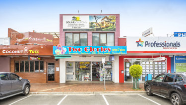 Fitzroys' Jordan Ceppi and Chris Kombi sold a two-level shop and office at 199 Stud Road in Wantirna South for $1.65 million.