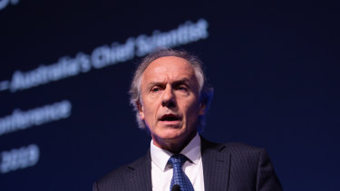 Dr Alan Finkel says Australian universities need to shift focus.