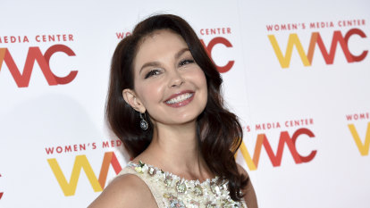 Actor Ashley Judd 'nearly lost' her leg in Congo