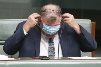 Independent MP Craig Kelly's texts to millions of Australians could face legal scrutiny.