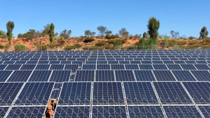 Australia needs bigger renewable energy network, infrastructure agency says