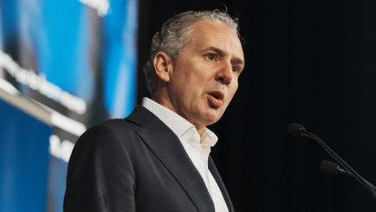 'A bit rich': Optus attacks Telstra, joins NBN pricing brawl