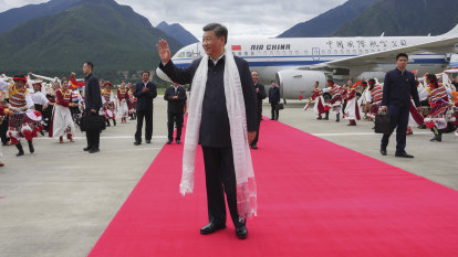 Xi Jinping becomes first Chinese leader to visit Tibet in 30 years