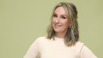 Miss Popularity: Lisa McCune's journey from gold Logies to blue skies