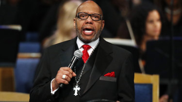 Rev. Jasper Williams, Jr., delivers the eulogy during the funeral service for Aretha Franklin.