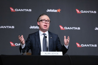 Qantas chief executive Alan Joyce has reiterated that the airline will ban unvaccinated passengers from international flights.