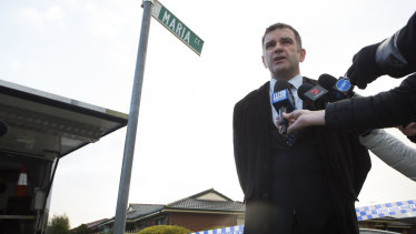 Detective Inspector Andrew Stamper at Maria Court in Cranbourne North on Saturday afternoon.