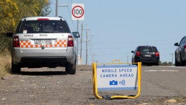 The Auditor-General says the warning signs limit the ability of cameras to act as a deterrence to motorists speeding.