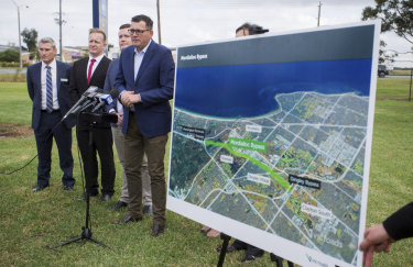 Premier Daniel Andrews announcing plans for another road.