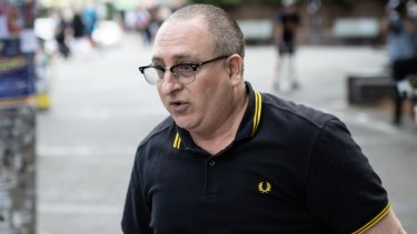 Police swoop on right-wing troll over alleged violent threats