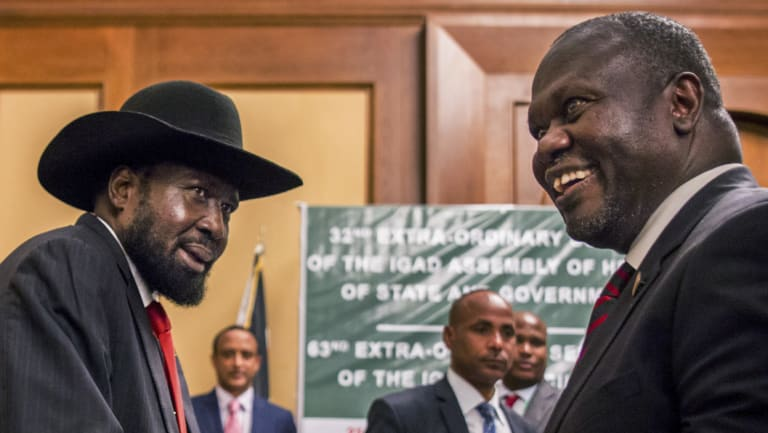 South Sudanese President Salva Kiir, left, and opposition leader Riek Machar during peace talks at a hotel in Addis Ababa, Ethiopia, last week.