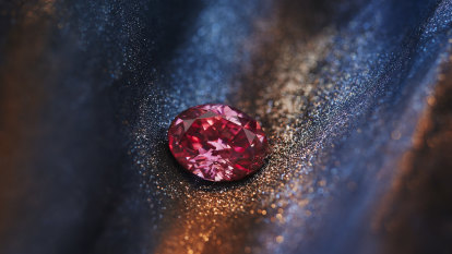 Good Weekend Talks: The end of the pink diamond?