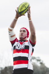 Canberra Vikings' Darcy Swain collects a lineout.