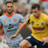 Mariners' six-year winless streak against Roar continues