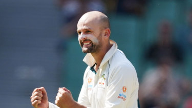 Nathan Lyon has no intention to sit out the Sydney Test, despite Shane Warne's calls for him to have a rest.