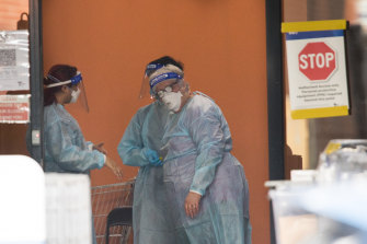 A COVID-19 outbreak has locked down all the residents of the Ariele Apartments in Maribyrnong.