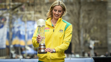 Laura Geitz, pictured with the 2005 netball World Cup, has retired from international netball.