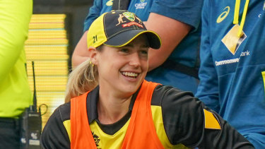 Australian all-rounder Ellyse Perry has thrown her support behind former Australian wicketkeeper Christina Matthews to replace Kevin Roberts in the top job, declaring that Cricket Australia is ready for a female CEO.
