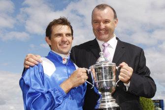 David Hayes and jockey Dwayne Dunn celebrate Reaan's Blue Diamond win of 2008.