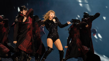 Taylor Swift kicked off her national tour in Perth on Friday night.
