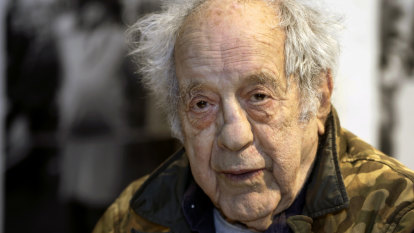 Groundbreaking photographer Robert Frank dies at age 94