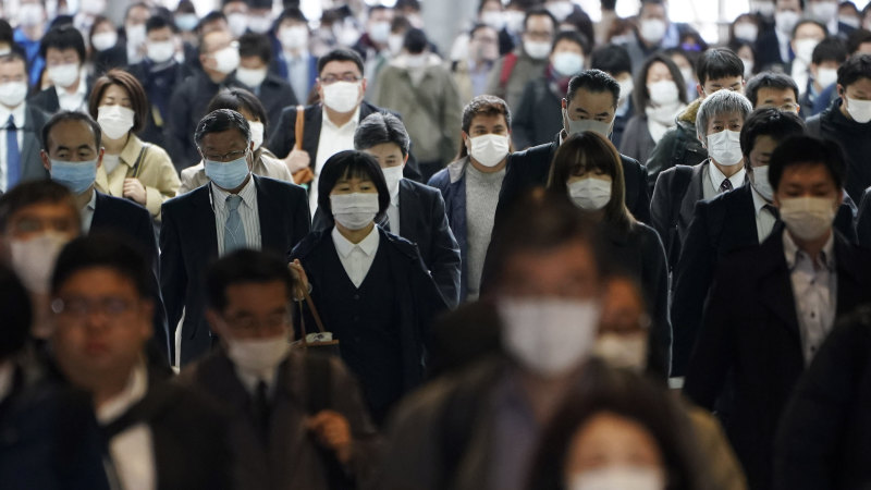 Coronavirus lingers in air of crowded areas, new study finds