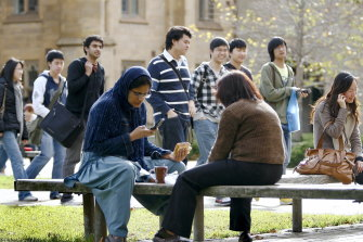 The intake of international students at Australian universities declined across the board in the second half of 2020, but the drop off in new enrolments from Indian students was especially sharp.