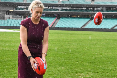 Minister's role in #SportsRortsII is a straight red card offence