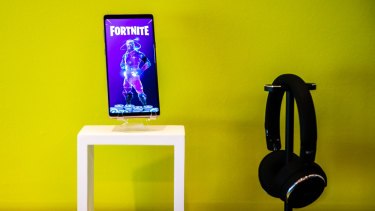 Fortnite running on a Samsung Galaxy Note9 at the Unpacked event in New York
