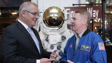 Prime Minister Scott Morrison and Australian astronaut Andy Thomas at the NASA headquarters in Washington DC.