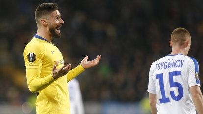 Giroud's hat-trick leads Chelsea into Europa League quarter-finals