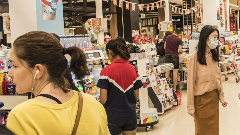 Supermarkets, pharmacies in NSW get green light for 24 hour trading
