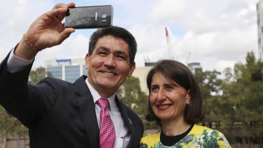 Member for Parramatta, Geoff Lee, takes a selfie with Premier Gladys Berejiklian after confirming the museum's new Parramatta home.
