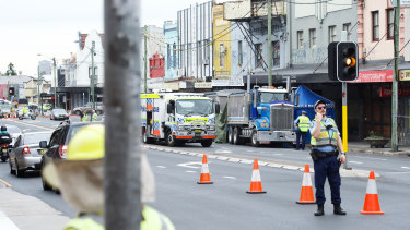 Two fatalities within minutes on Sydney's roads