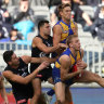 Eagles storm home after bright start by the Blues