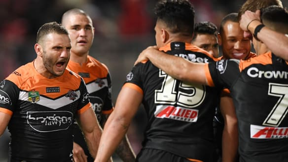 Farah and Marshall turn back clock as Wests Tigers stun Dragons