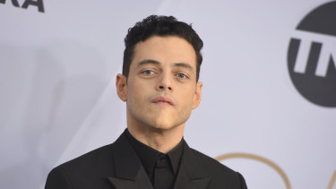 Rami Malek arrives at the 25th annual Screen Actors Guild Awards.