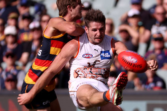 Jesse Hogan starred in his first match as a Giant.