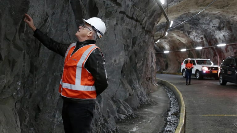 Malcolm Turnbull inspects the Snowy Hydro Tumut 2 power station.